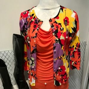 Limited Cowlneck tee w/ floral sweater &2 earrings